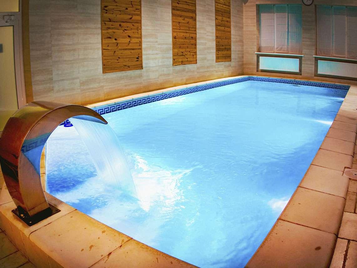 теплий басейн марко поло